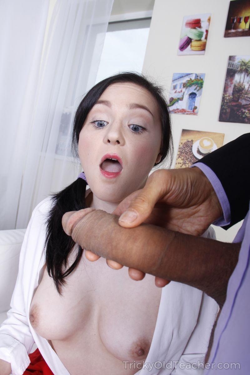 fotos de incesto padrasto com pica grande comendo cu de enteada 6 - Fotos de incesto padrasto com pica grande comendo cu de enteada
