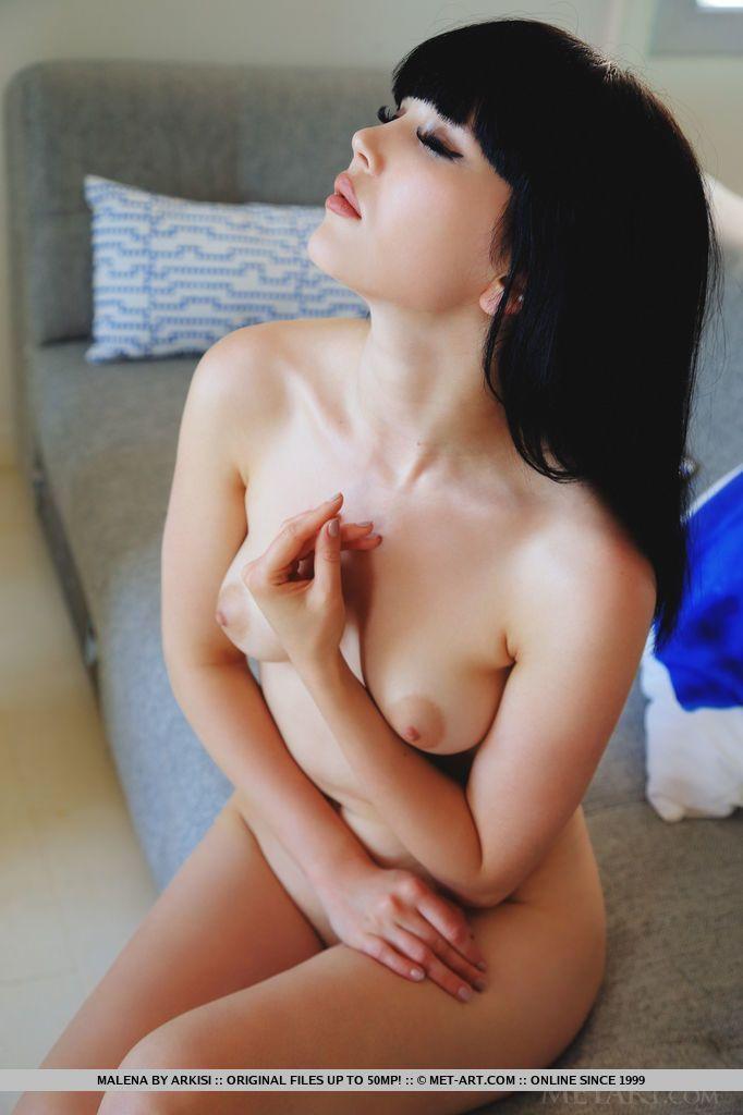novinha linda mostrando a bucetinha carnuda em fotos hd 9 - Novinha linda mostrando a bucetinha carnuda em fotos HD