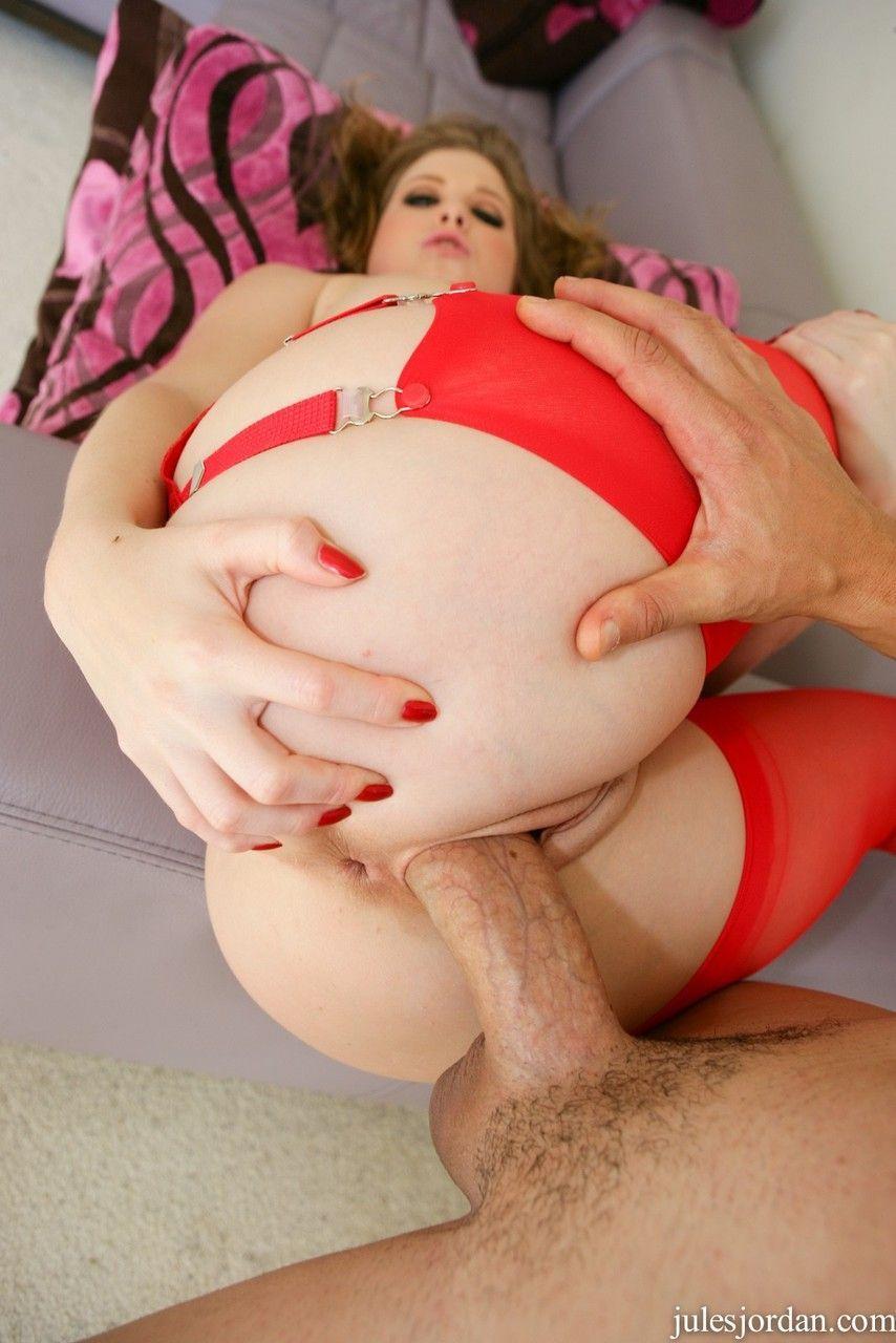 Gata beldade loira com buceta carnuda fazendo fotos de sexo