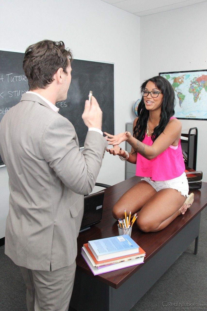 fotos de aluna safada dando pro professor dotado 1 - Fotos de aluna safada dando pro professor dotado