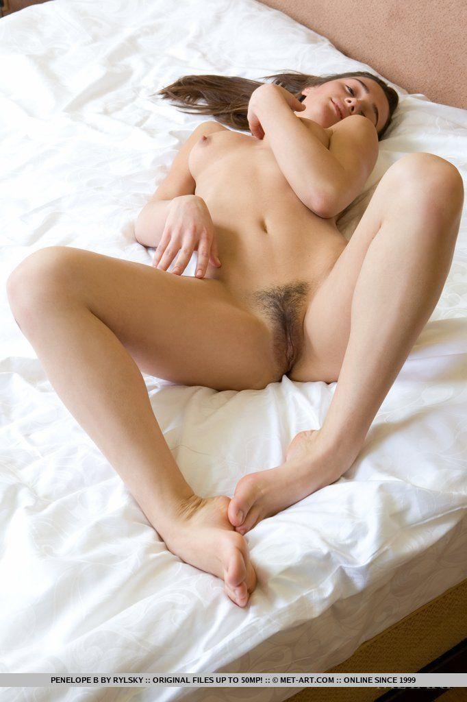 fotos de bucetinha peluda e greluda de uma novinha sexy 13 - Fotos de bucetinha peluda e greluda de uma novinha sexy