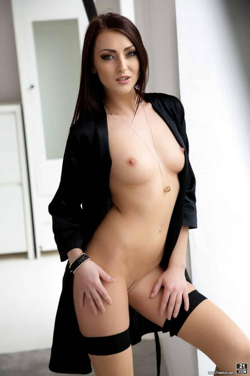 fotos porn anal com branquinha linda e sensual 0 - Fotos pornô anal com branquinha linda e sensual
