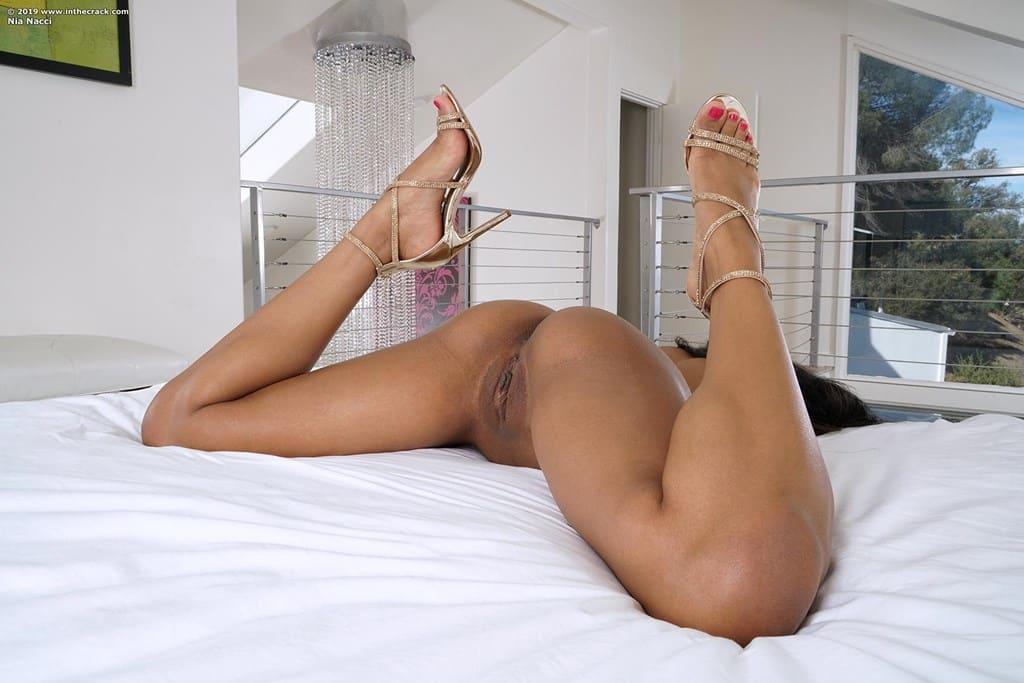 fotos de bucetuda peladinha se masturbando 5936 - Fotos de bucetuda peladinha se masturbando